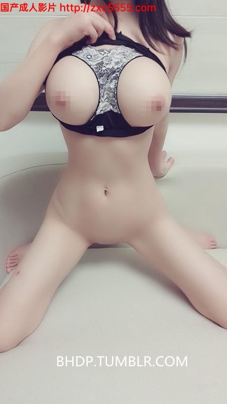 微博嫩妹麻酥酥喲 – 痴女游戲[40P/6V/226M]