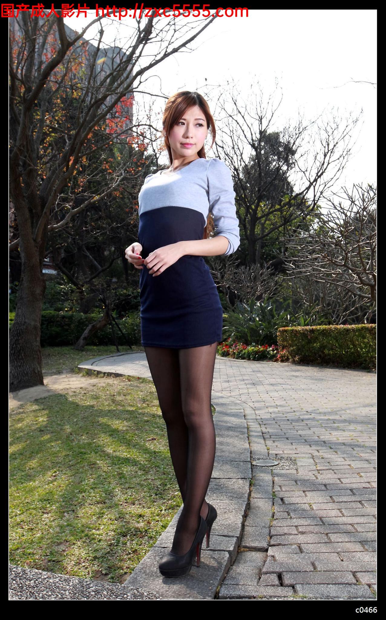 熟女自拍性爱_小静外拍黑丝美腿[57P]_大哥综合站-影音在线|迅雷下载|在线点播